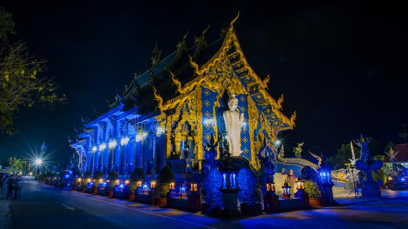 Het blauwe Weergeven van de Tempelnacht royalty-vrije stock foto's