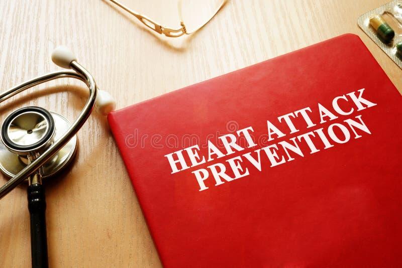 Het boek van de hartaanvalpreventie royalty-vrije stock foto's