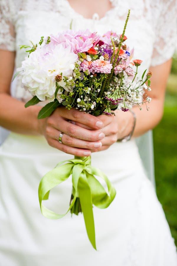 Het boeket van het huwelijk met dille royalty-vrije stock fotografie