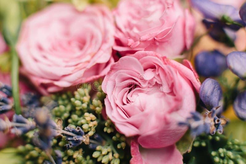 Het boeket van het huwelijk van bloemen stock afbeeldingen