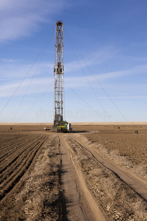 Het Boren van Fracking op een Gebied van Colorado royalty-vrije stock foto