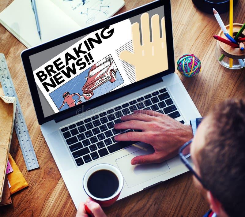 Het brekende Nieuws kondigt het Concept van de Artikelinformatie aan royalty-vrije stock afbeelding