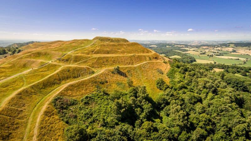 Het Britse fort van de de leeftijdsheuvel van het Kampijzer, malvern Heuvels royalty-vrije stock foto's