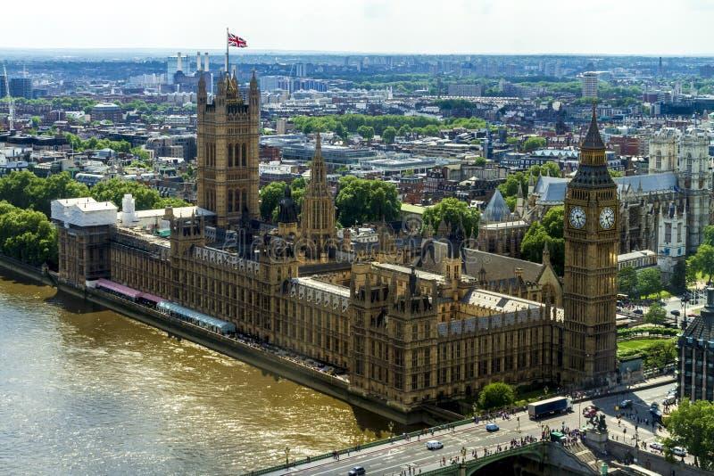 Het Britse Parlement stock afbeeldingen