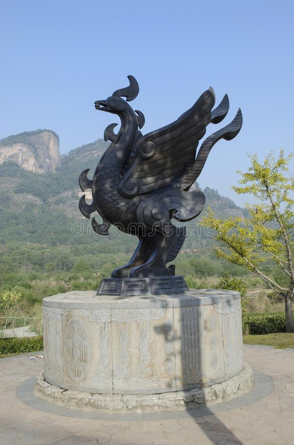 Het bronsstandbeeld van de Wuyishan Magisch vogel stock fotografie