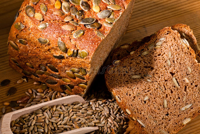 Het brood van het pompoenzaad royalty-vrije stock foto