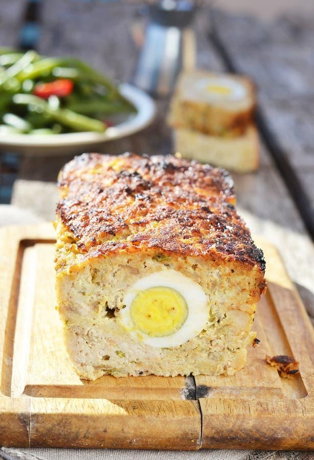 Download Het brood van het vlees stock afbeelding. Afbeelding bestaande uit vers - 29504601