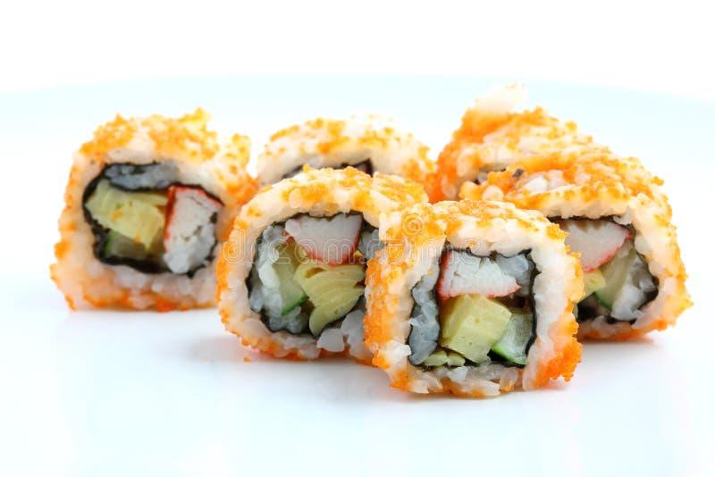 Het Broodje van Californië van sushi op schotel stock foto