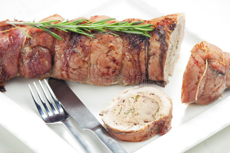 Het broodje van het kalfsvlees stock fotografie
