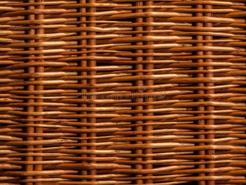 Het bruine patroon van het mandweefsel stock afbeeldingen