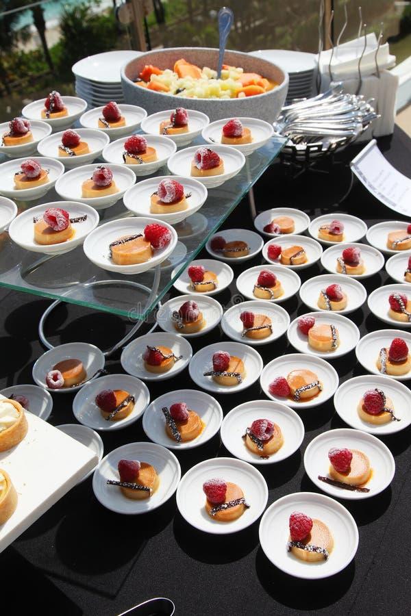 Het buffet van het dessert stock afbeelding