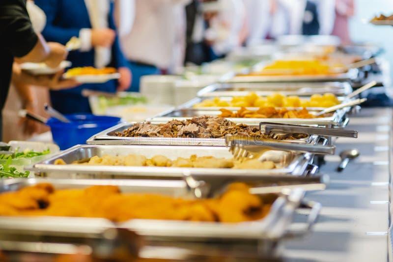 Het buffetgebeurtenissen van het cateringshuwelijk stock afbeeldingen
