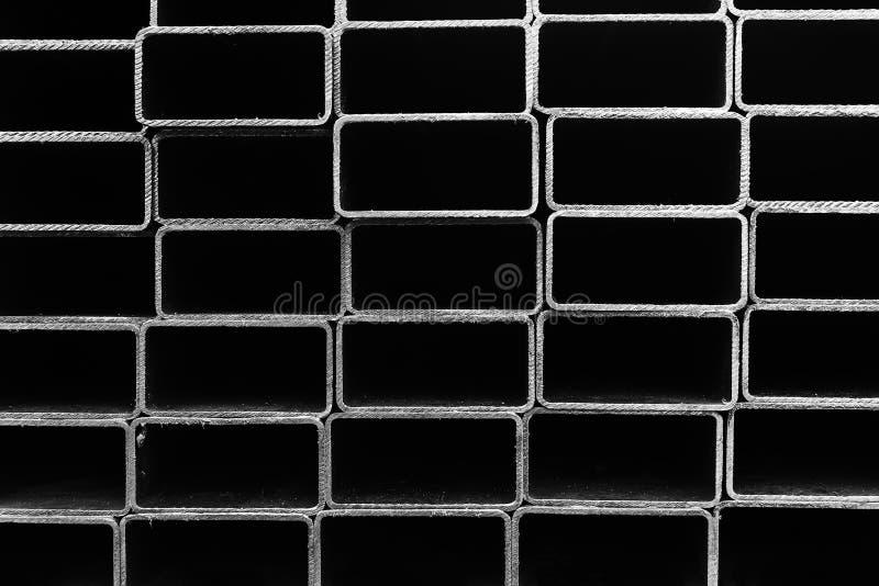 Het buisprofiel, het vierkante buisprofiel in zwart-wit stock afbeeldingen
