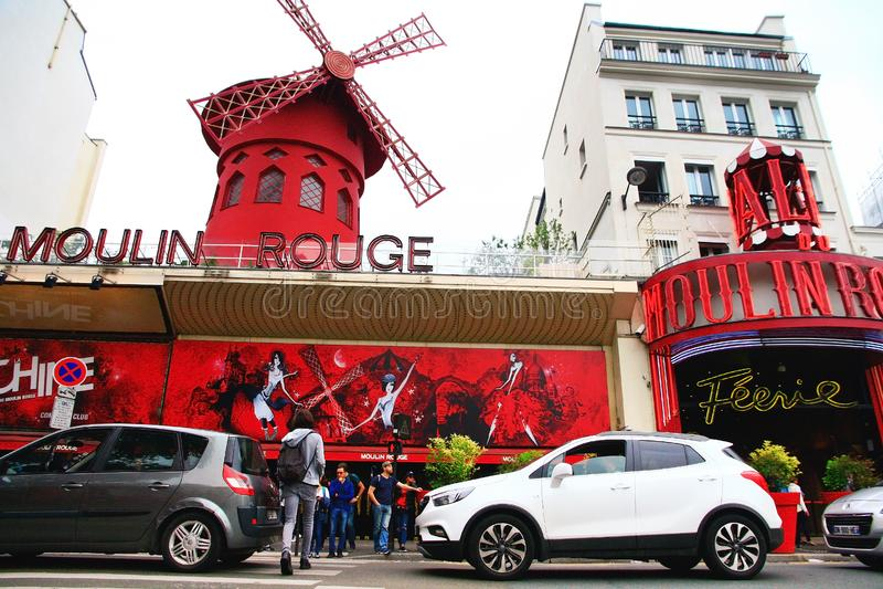 Het cabaret van de Rouge van Moulin in Parijs royalty-vrije stock fotografie
