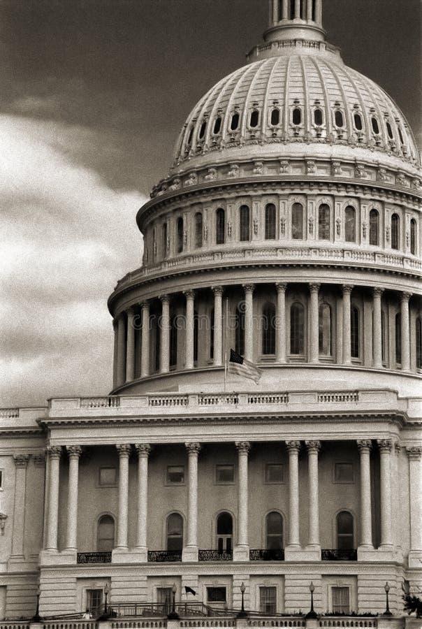 Download Het Capitool van de V.S. stock afbeelding. Afbeelding bestaande uit burger - 285887