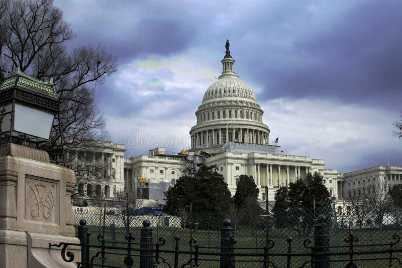 Het Capitool van Verenigde Staten tijdens bouw stock afbeeldingen