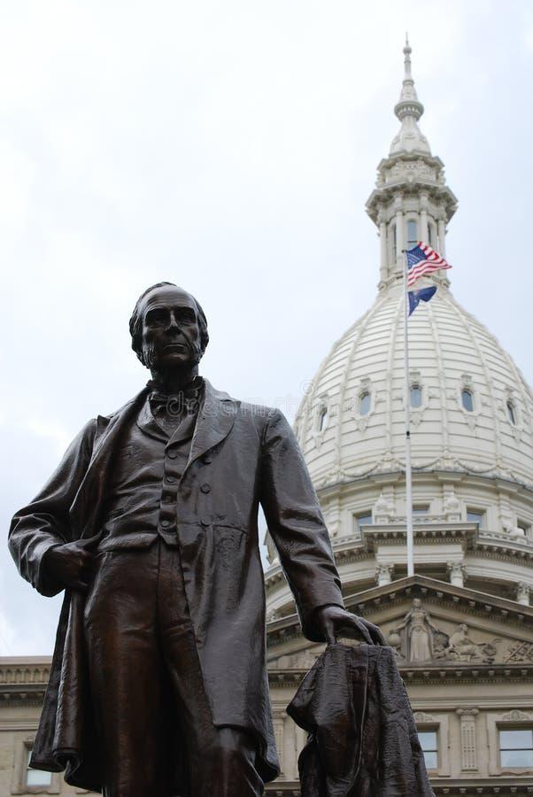 Het Capitoolkoepel van de Staat van Michigan met Austin Blair Statue stock afbeeldingen