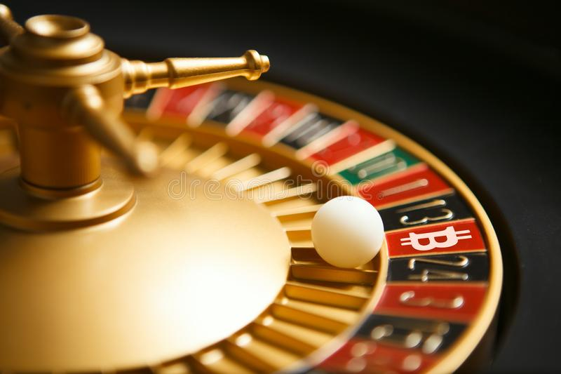 Het casino van Bitcoincryptocurrency stock foto