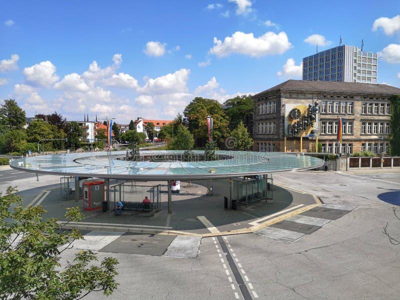 Het centrale busstation van Bayreuth - carillon stock afbeelding