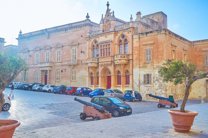 Het centrale vierkant van Mdina-stad, Malta stock afbeeldingen