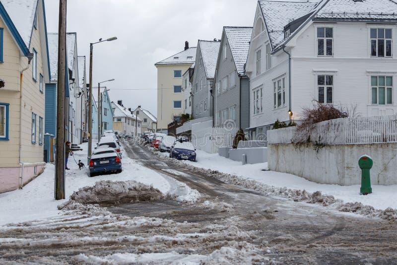 Het centrum van de Alesundstad, Art Nouveau-architectuur De winterlandschap, Noorwegen stock afbeelding