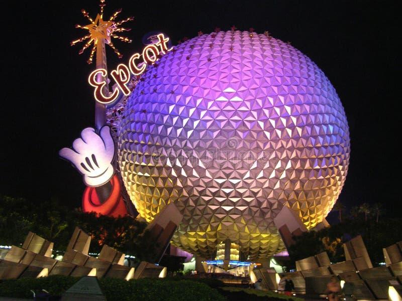 Het Centrum van Disney Epcot bij nacht royalty-vrije stock afbeelding
