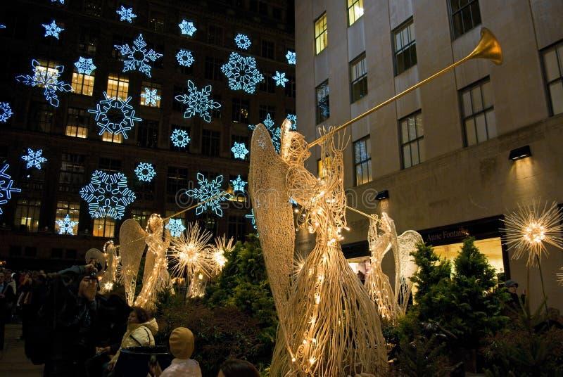 Het Centrum van Rockefeller van sneeuwvlokken en van Engelen stock afbeeldingen