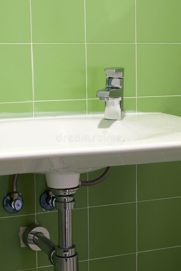 Het ceramische bassin van de handwas royalty-vrije stock foto