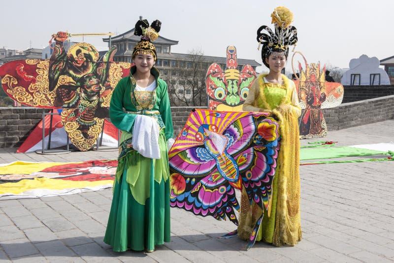 Het Chinese festival van de vrouwenvlieger stock afbeeldingen