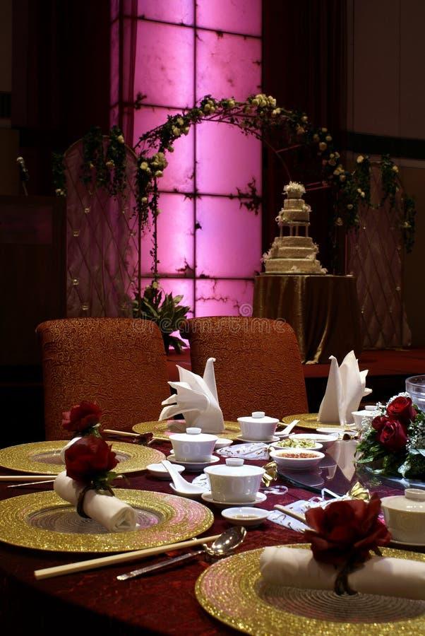 Het Chinese huwelijkslijst plaatsen stock afbeelding