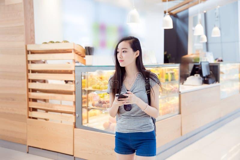 Het Chinese meisje van de manier stock foto