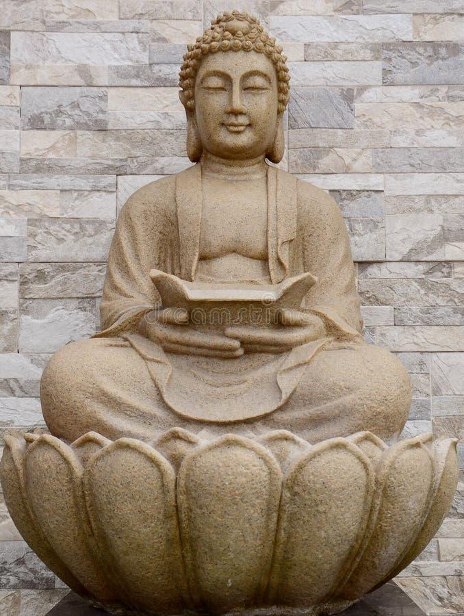 Het cijfer van Boedha van de zitting stock afbeeldingen