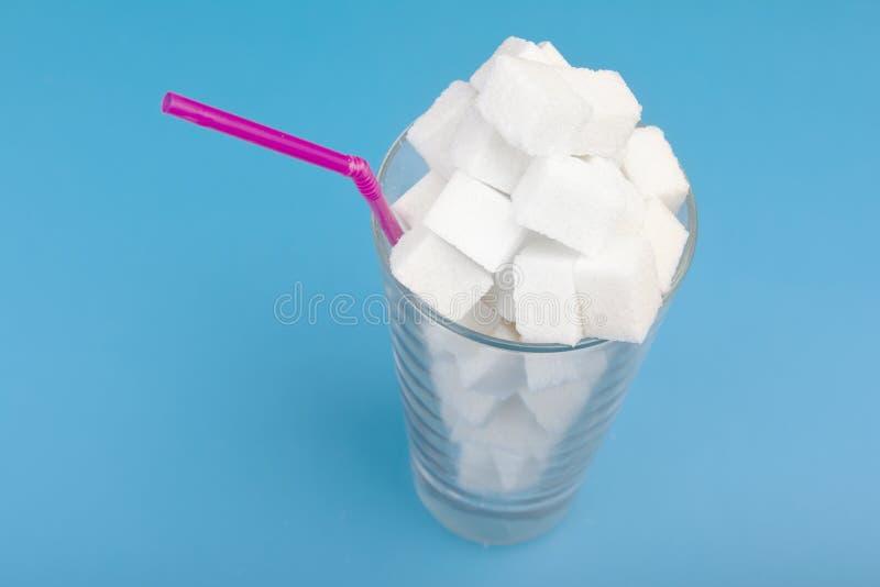 Het concept bovenmatige suiker in dranken De ruimte van het exemplaar royalty-vrije stock foto