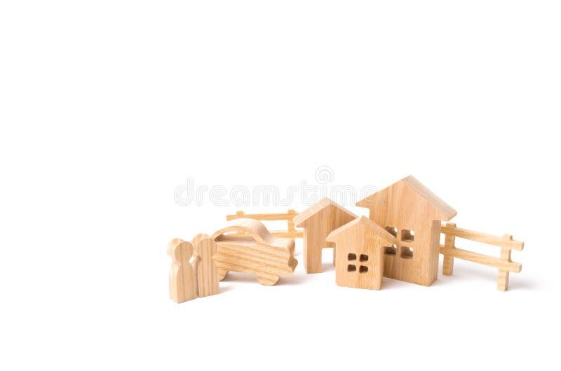 Het concept succes en de aanwinst van onroerende goederen en vervoer Kopend een huis of flat, die een auto een kopen royalty-vrije stock foto