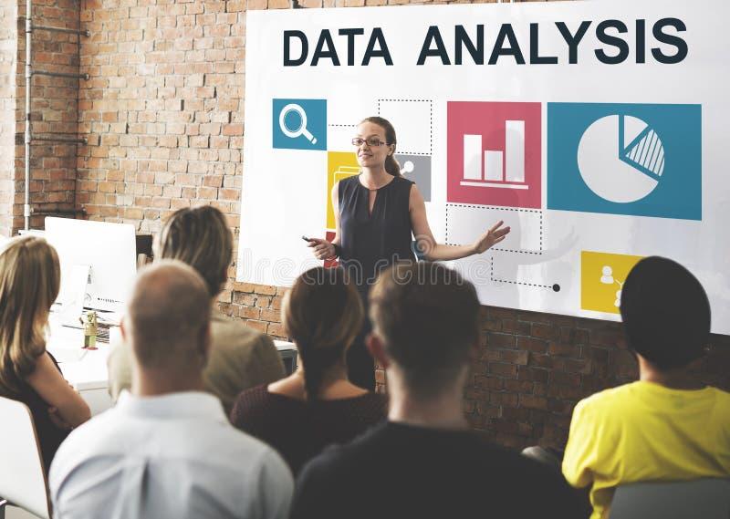 Het Concept van de de Presentatieinformatie van de bedrijfsgegevensanalyse stock foto's