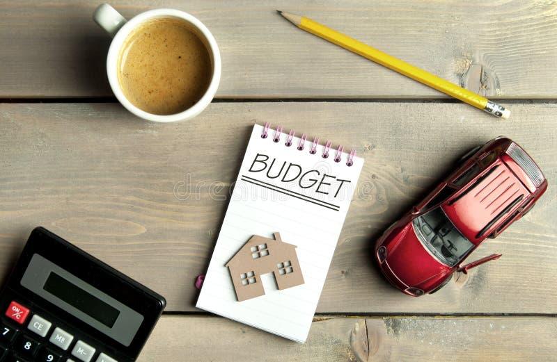 Het concept van de huishoudenbegroting stock foto's