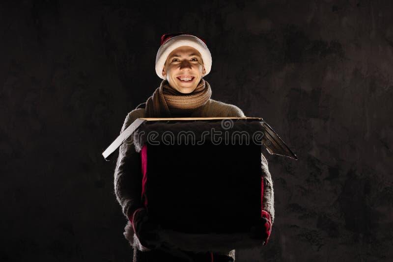 Het concept van de Kerstmisgift   Kerstmis en Nieuwjaarvakantieviering royalty-vrije stock afbeeldingen