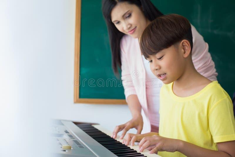Het concept van de onderwijsmuziek royalty-vrije stock foto's
