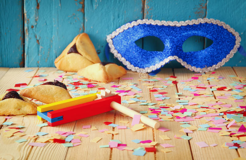 Het concept van de Purimviering (Joodse Carnaval-vakantie) Selectieve nadruk stock afbeeldingen