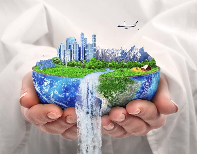 Het concept van Eco Stad van toekomst Zonne-energiestad, windenergie royalty-vrije stock foto's