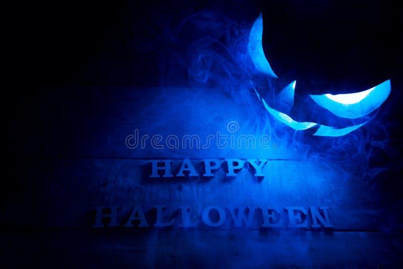 Het concept van Halloween Achtergrond van de vakantie mystieke pompoen, j royalty-vrije stock fotografie