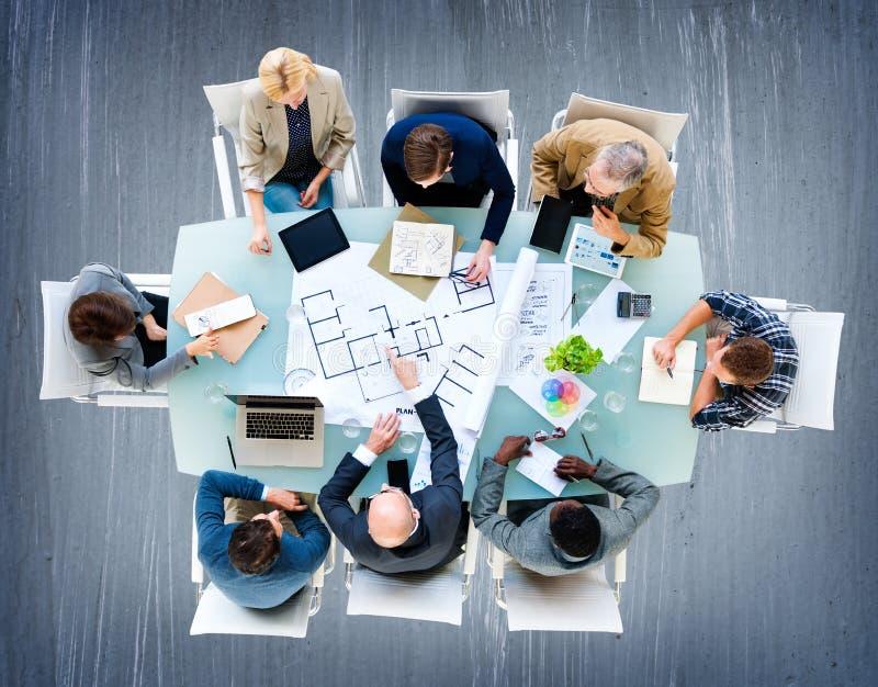 Het Concept van Meeting Construction Design van de architecteningenieur stock foto