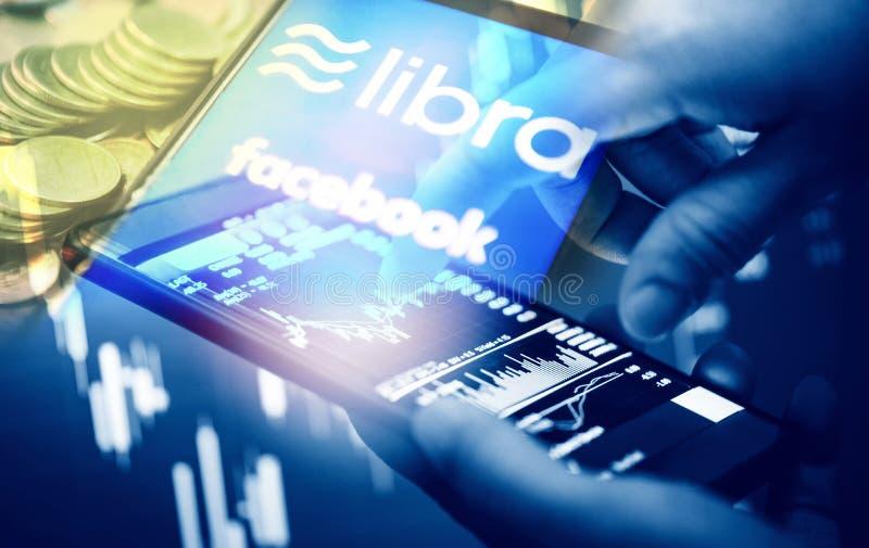 Het concept van het Weegschaalmuntstuk blockchain - Nieuwe projectlibra een cryptocurrency die door Facebook-de handel van de gra royalty-vrije illustratie