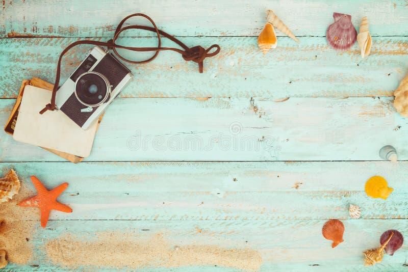 Het concept vrije tijdsreis in de zomer op een tropische strandkust stock foto