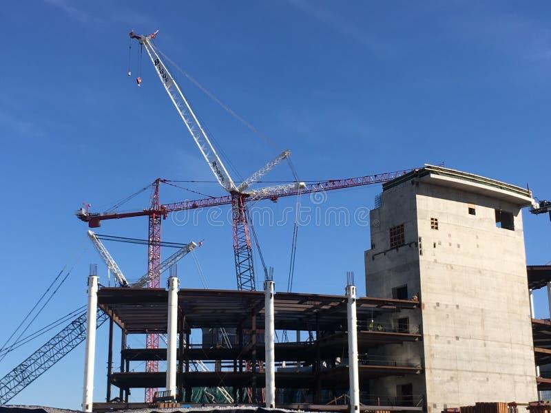 Het construeren van het nieuwe huis voor het basketbalteam van San Francisco Golden Gate Warriors, 1 stock afbeeldingen