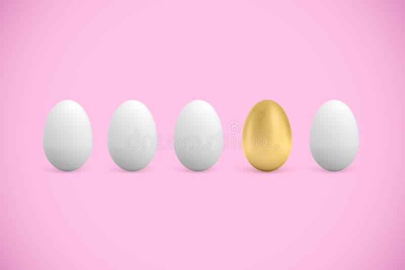 het 3d teruggeven van vier witte en één gouden kippeneieren op roze achtergrond royalty-vrije stock fotografie