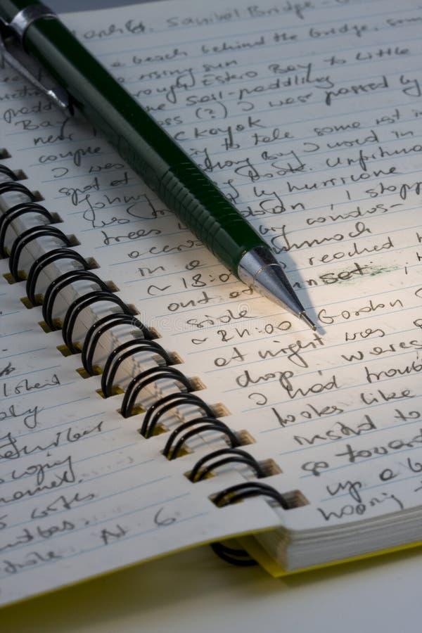 Het dagboek van de expeditie, met de hand geschreven met een potlood stock afbeelding