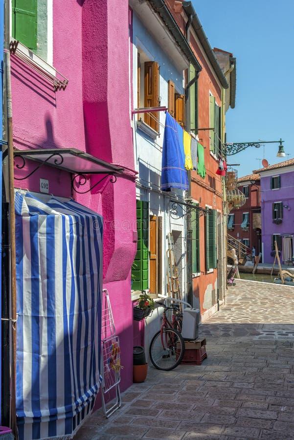 Het dagelijkse leven in Burano, Italië stock afbeelding