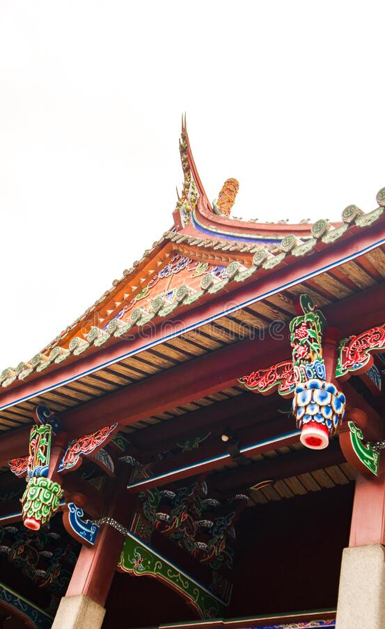 het dak van een oude tempel royalty-vrije stock foto's