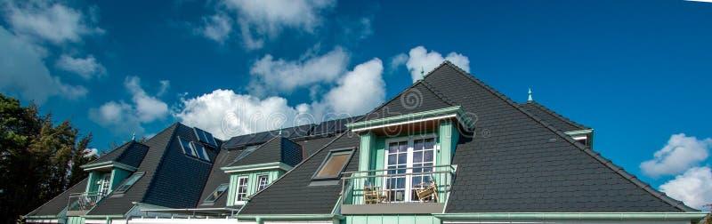 Het dak van het huis!!! royalty-vrije stock afbeeldingen